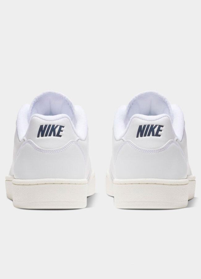 Nike - Grandstand II