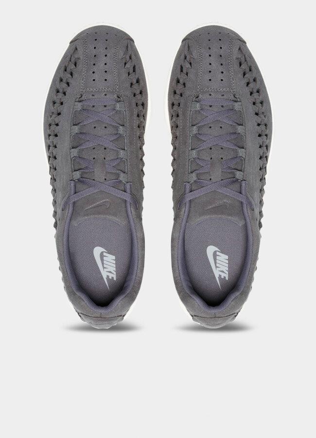 Nike - Mayfly Woven